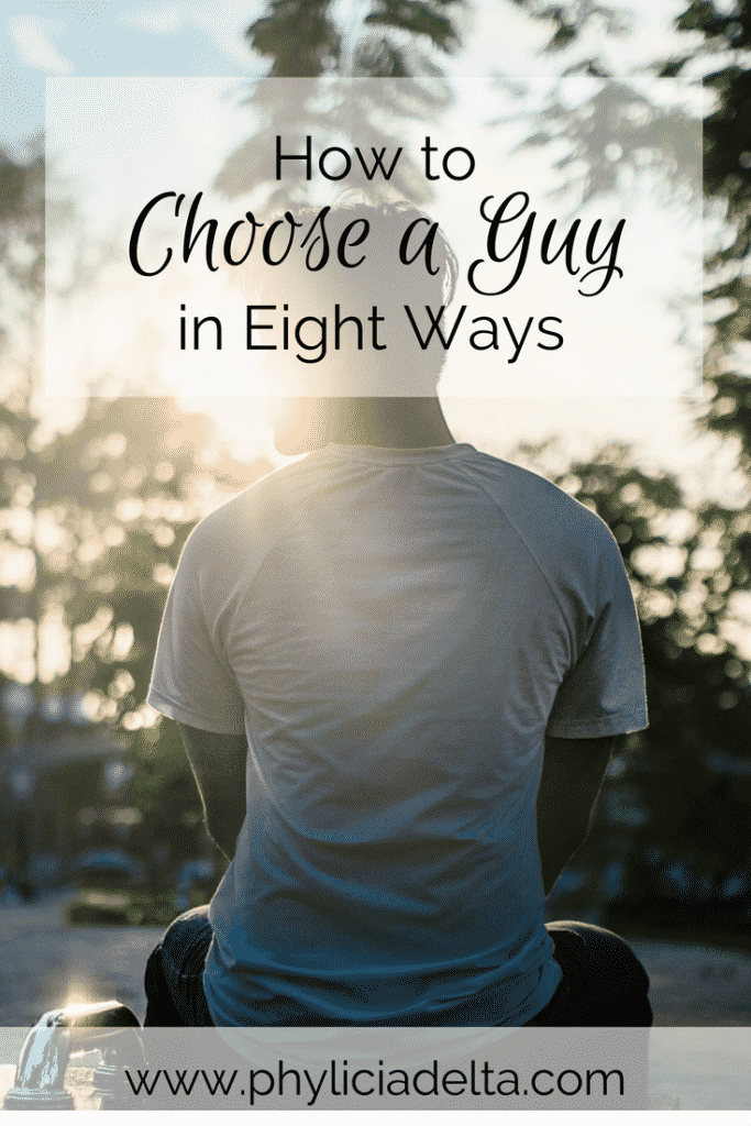 How do you find and date a godly man? The Bible outlines what to look for in a godly man in Christian dating relationships.