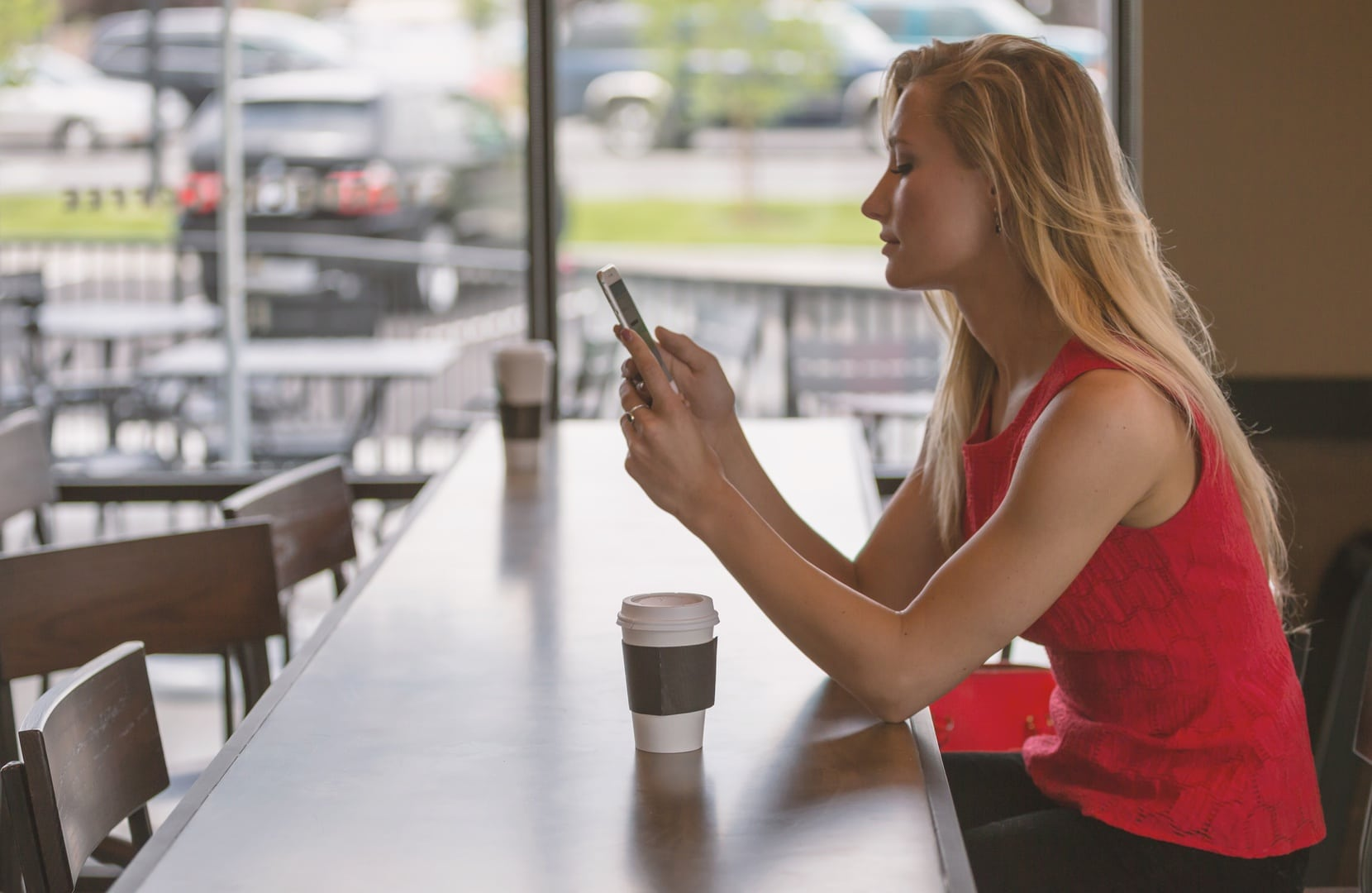 How to Stop Texting and Actually Date