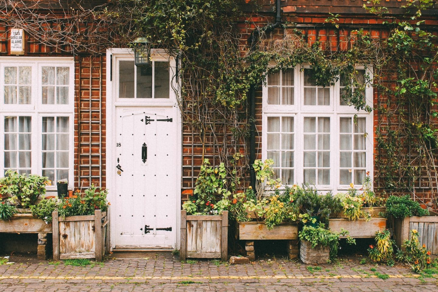 Finding Grace After Moving: How to Transition Well to a New City